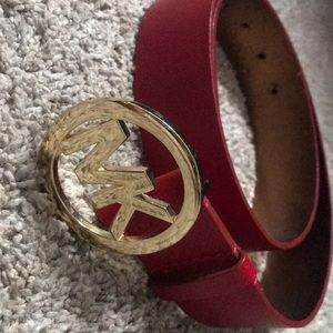 Michael kors red leather belt
